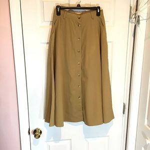 Liz Claiborne sport khaki Modest skirt Sz 8P VTG